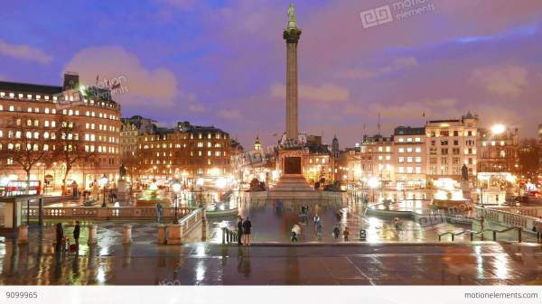 Trafalgar Square London - Amazing Night Time Lapse Stock