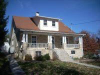 902 Tip Top St, Princeton, WV 24740 - realtor.com