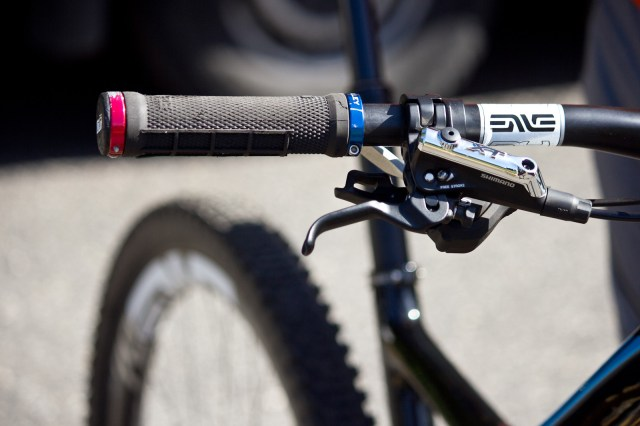 ODI Grips, ENVE Carbon Bars and Shimano XT Disc Brakes ...