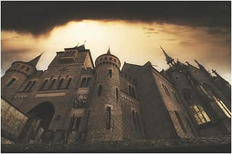 Page 4 Royalty free castle fantasy photos Pikist