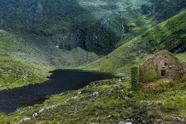ruin landscape sky castle ruins fantasy nature gothic mystical architecture ireland Pikist
