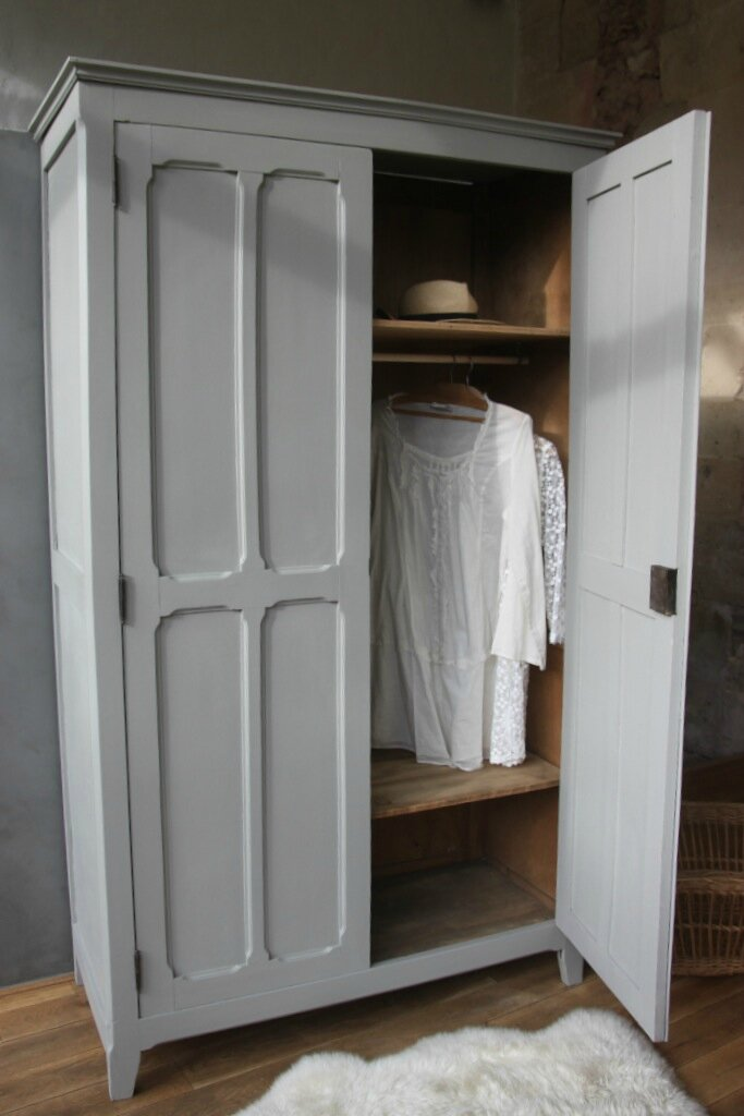 grande armoire parisienne penderie