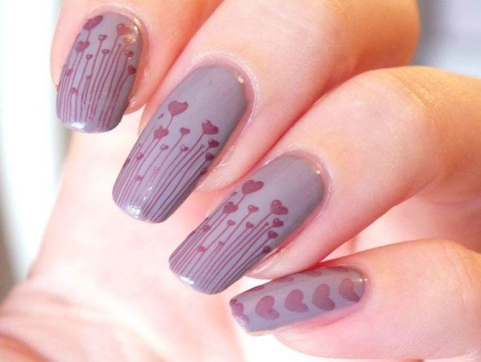 nailstorming-nail-art-coeur-plaque-konad-m83-elf-lilac-plum-ongles-longs-naturels- (2)
