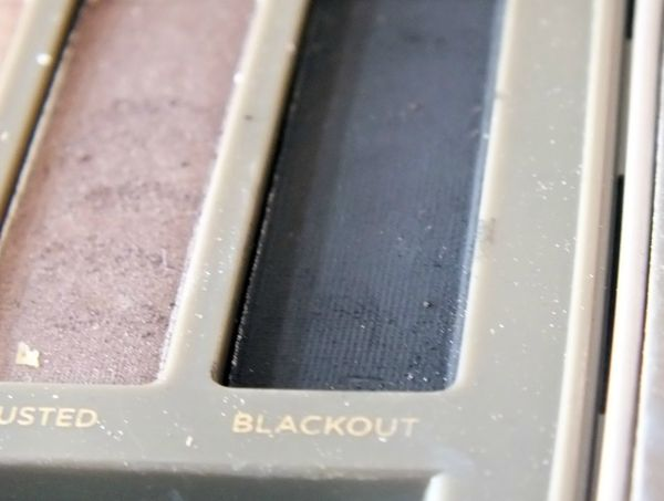 makeup-rock-gothic-urban-decay-oraculum-blackout-smuf-dark (8)