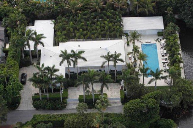 Jeffrey-Epsteins-Palm-Beach-mansion-in-Florida