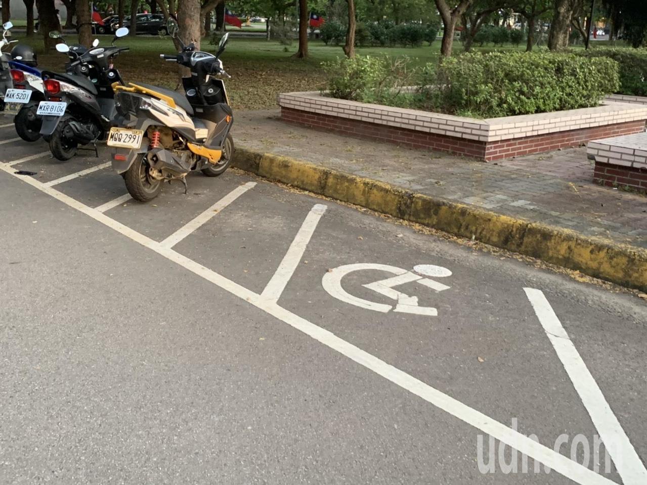 竹縣身障人口達2萬人 公設無障礙機車停車格卻僅12個   好房網News
