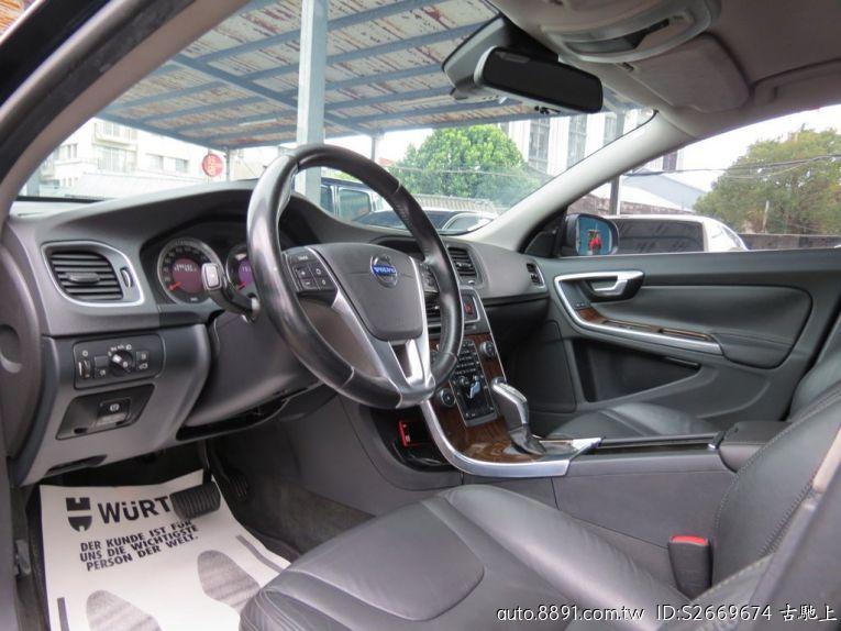 嚴選專區 - 古馳上 富豪/Volvo-古馳上精選實價 2013式富豪 V60 D4 節能柴油掀背旅行車 全程原廠保養-8891中古車網