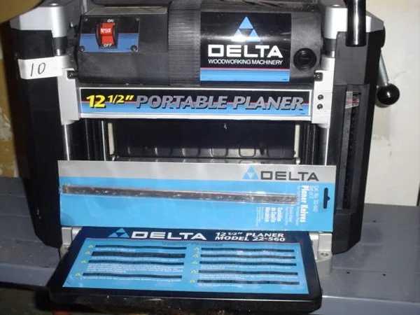 Delta Portable Planer 22 560