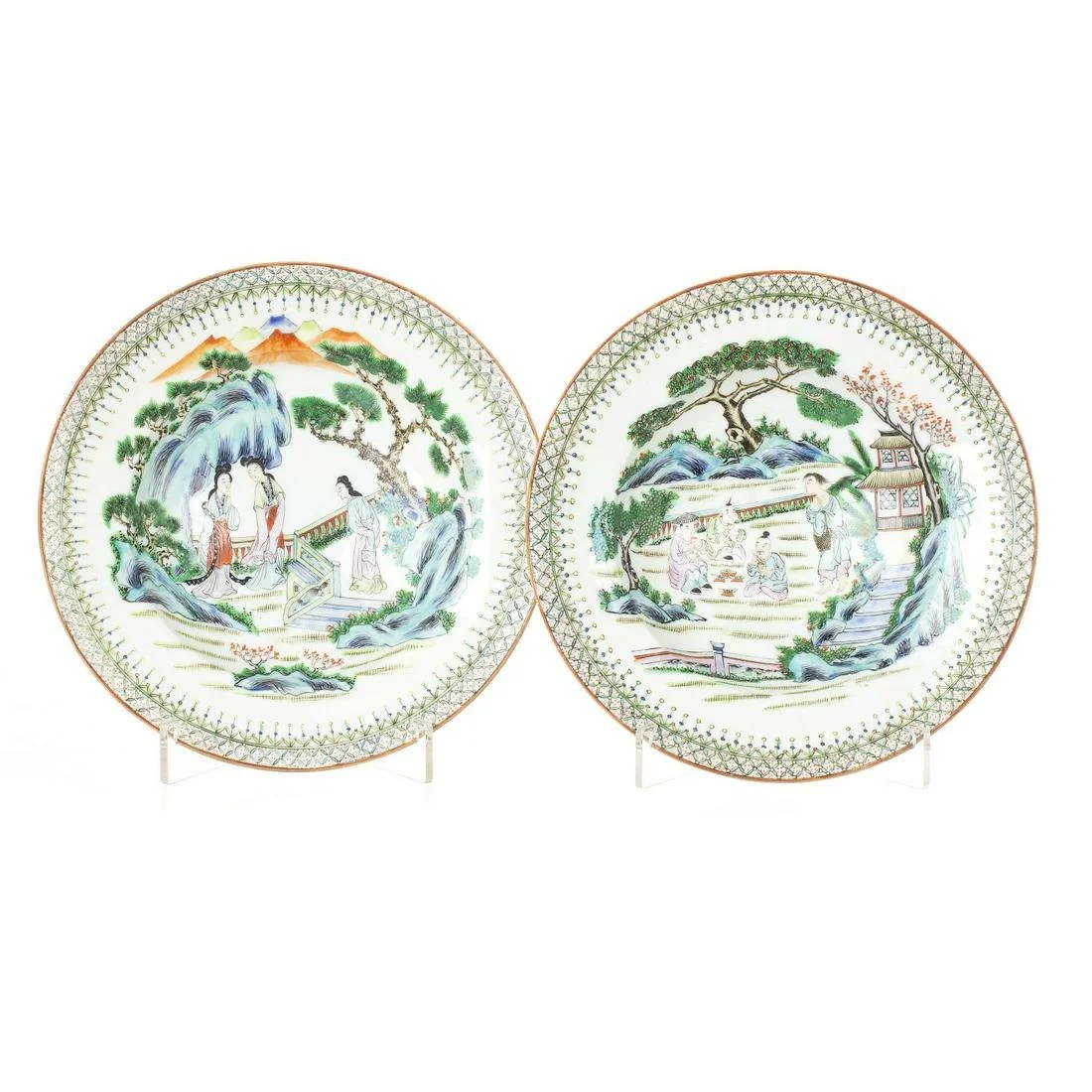 Pair of deep figural dishes in chinese porcelain,