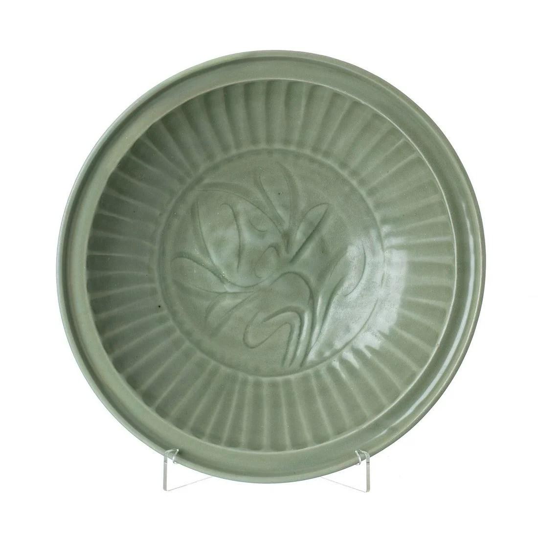 Longquan Celadon ceramic bowl, Ming