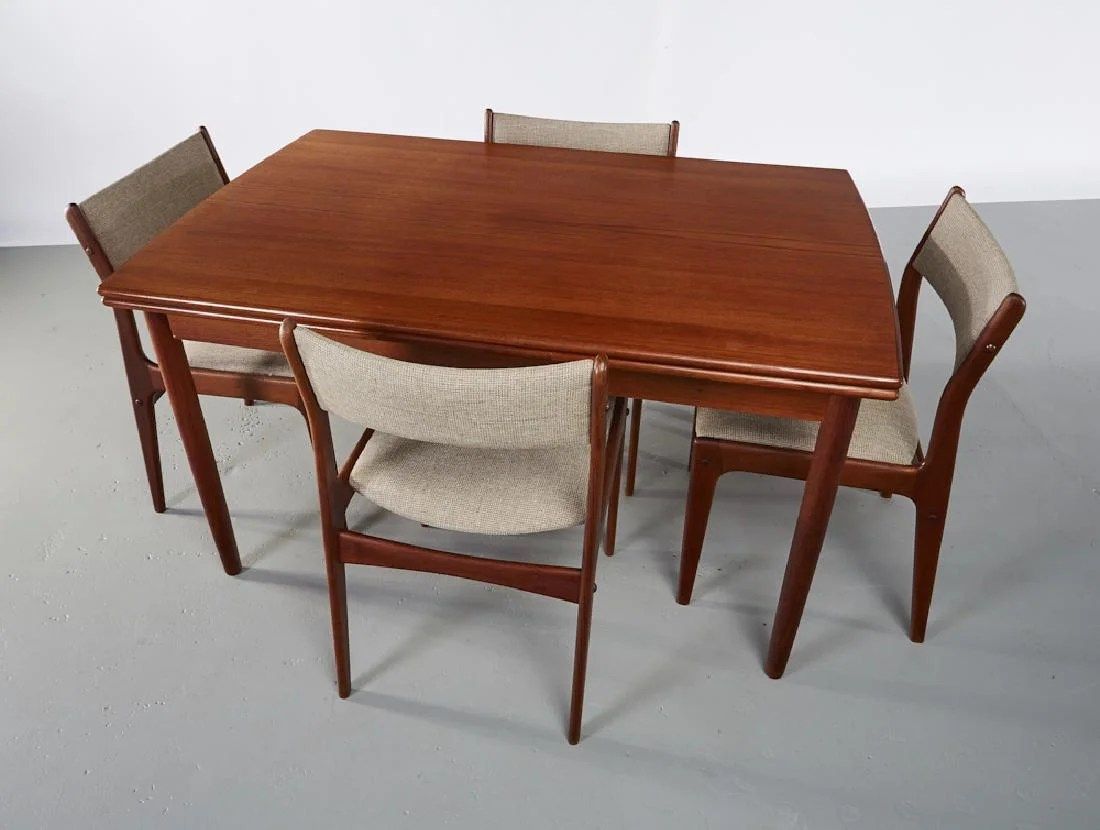 Teak Dining Room Chairs Danish Teak Dining Table And 4 Uldum Chairs Table On Liveauctioneers