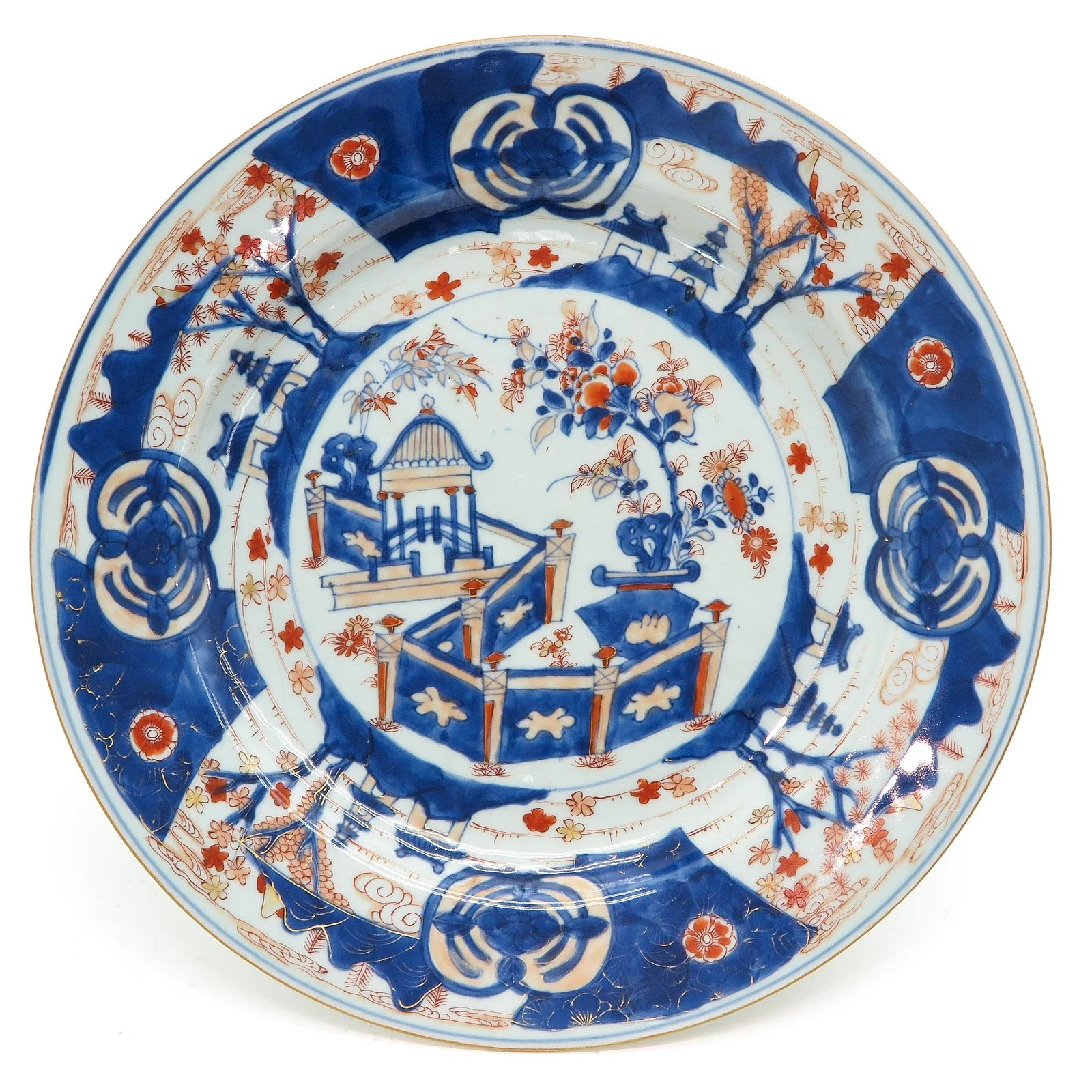 A Chinese Imari Charger
