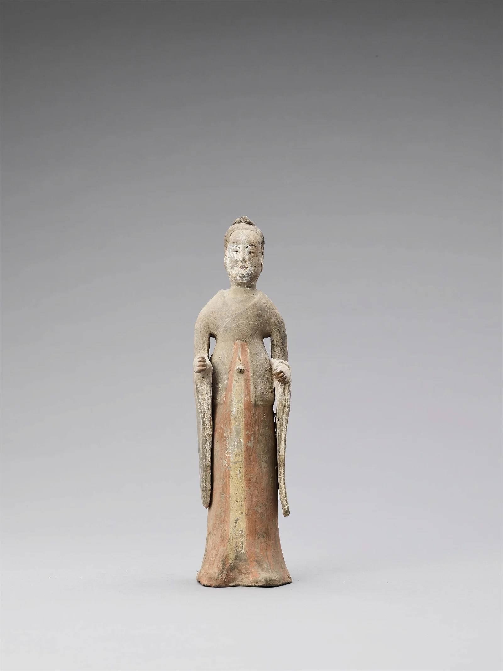 A TL-TESTED TERRACOTTA FIGURE OF A COURT LADY,TANG
