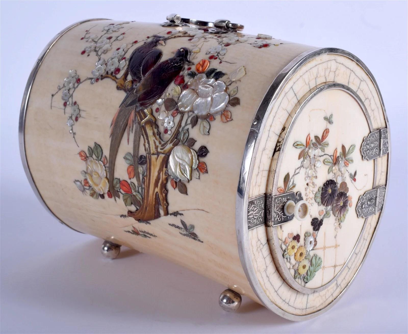 A FINE 19TH CENTURY JAPANESE MEIJI PERIOD SHIBAYAMA