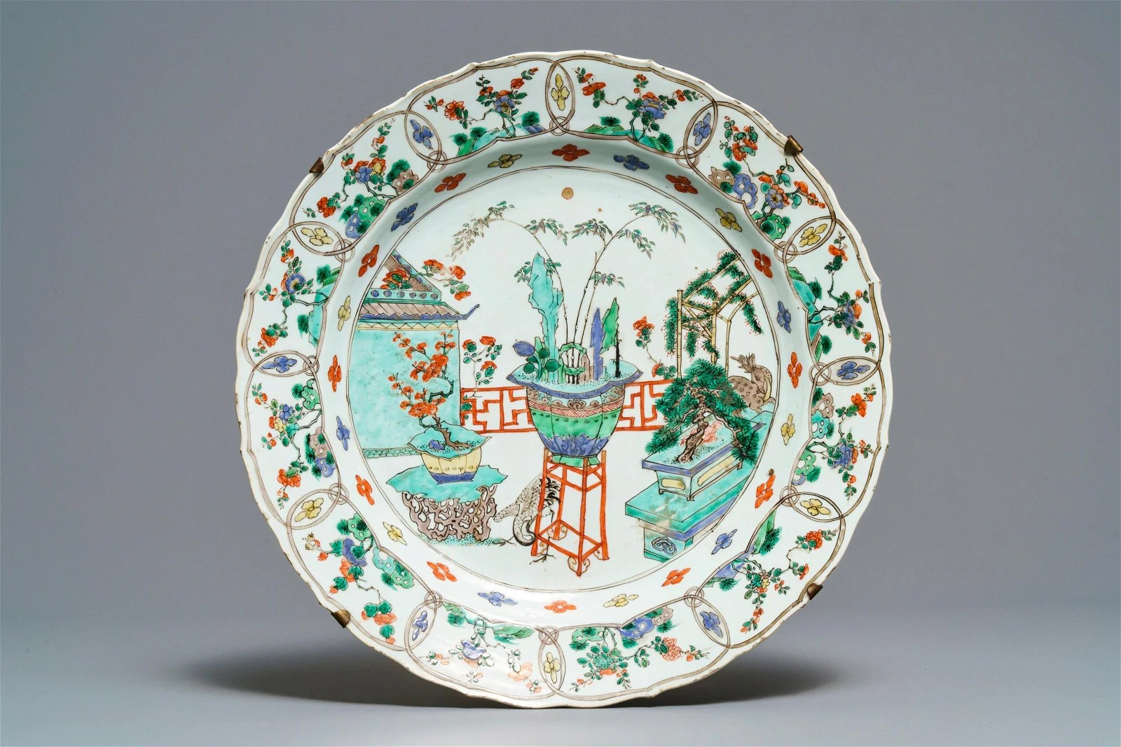 A Chinese famille verte dish with Johanneum mark,