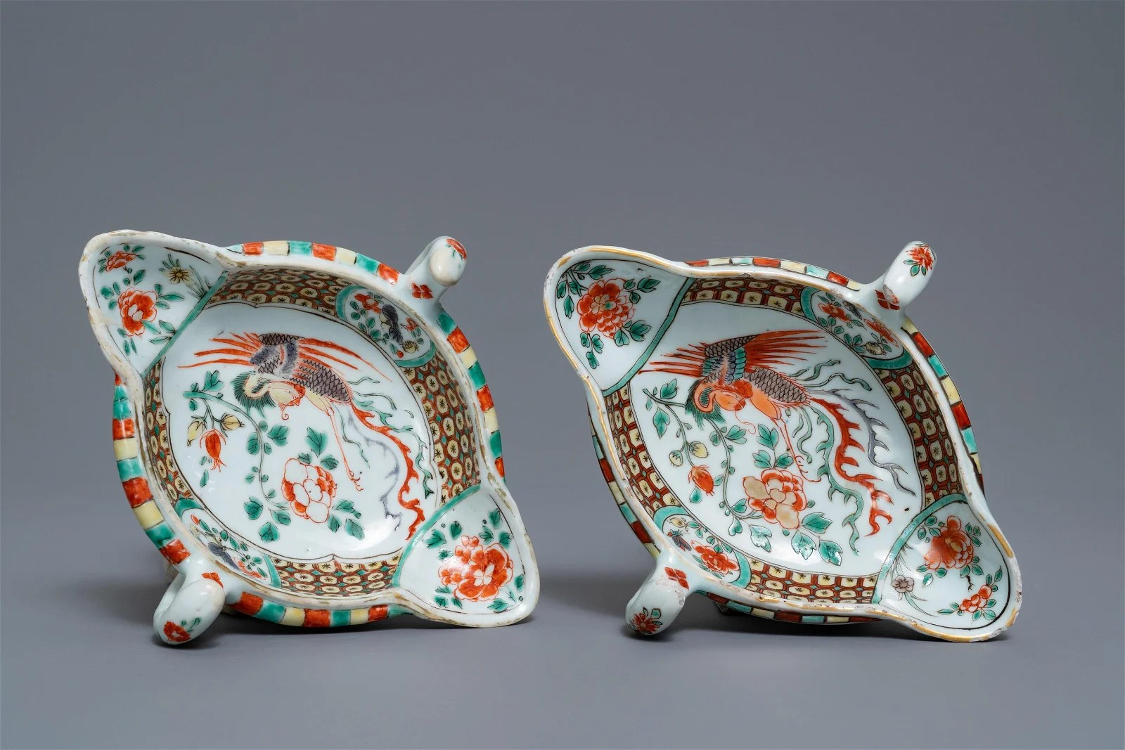 A pair of Chinese famille verte sauce boats with