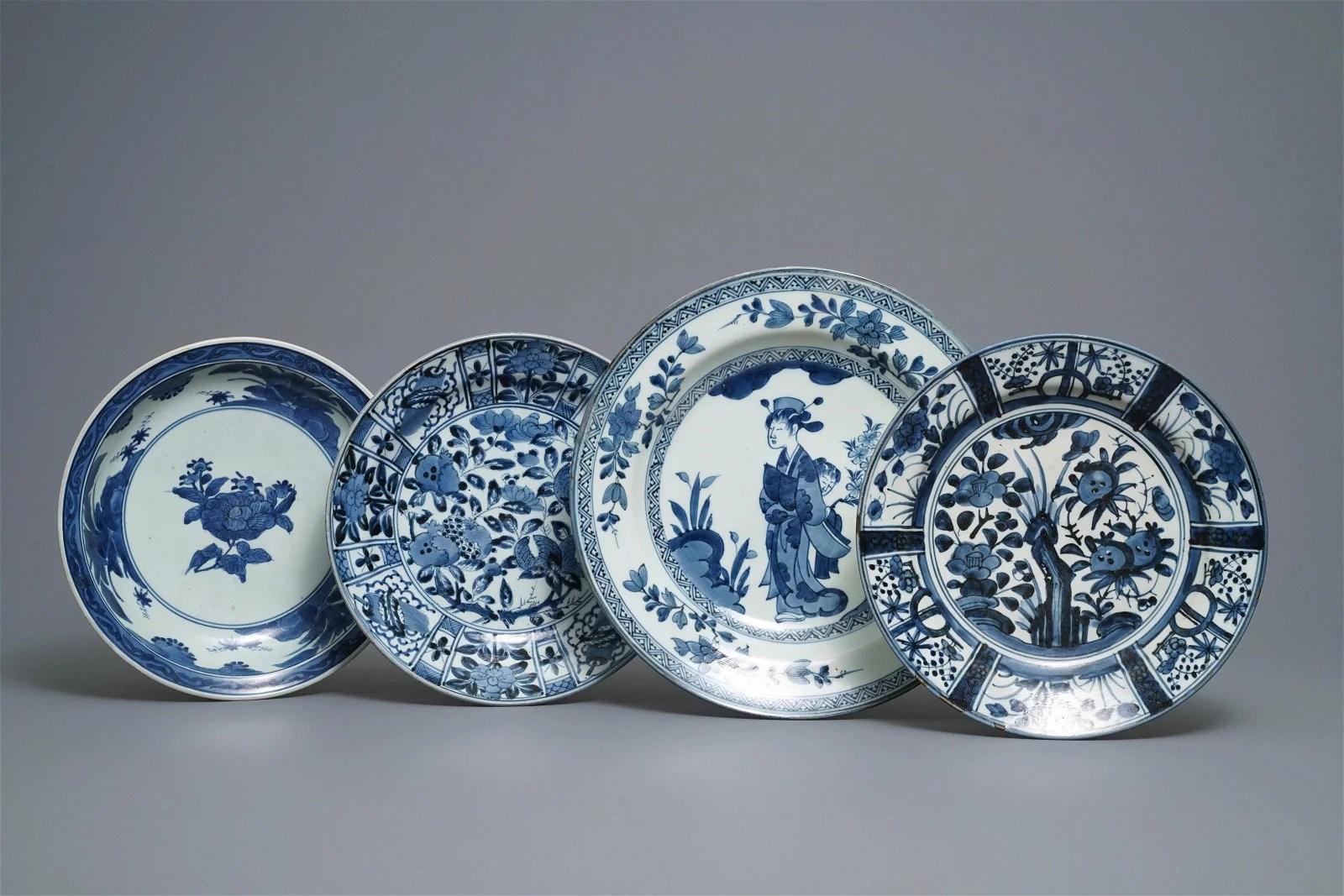 Four Japanese blue and white dishes, Arita, Edo,
