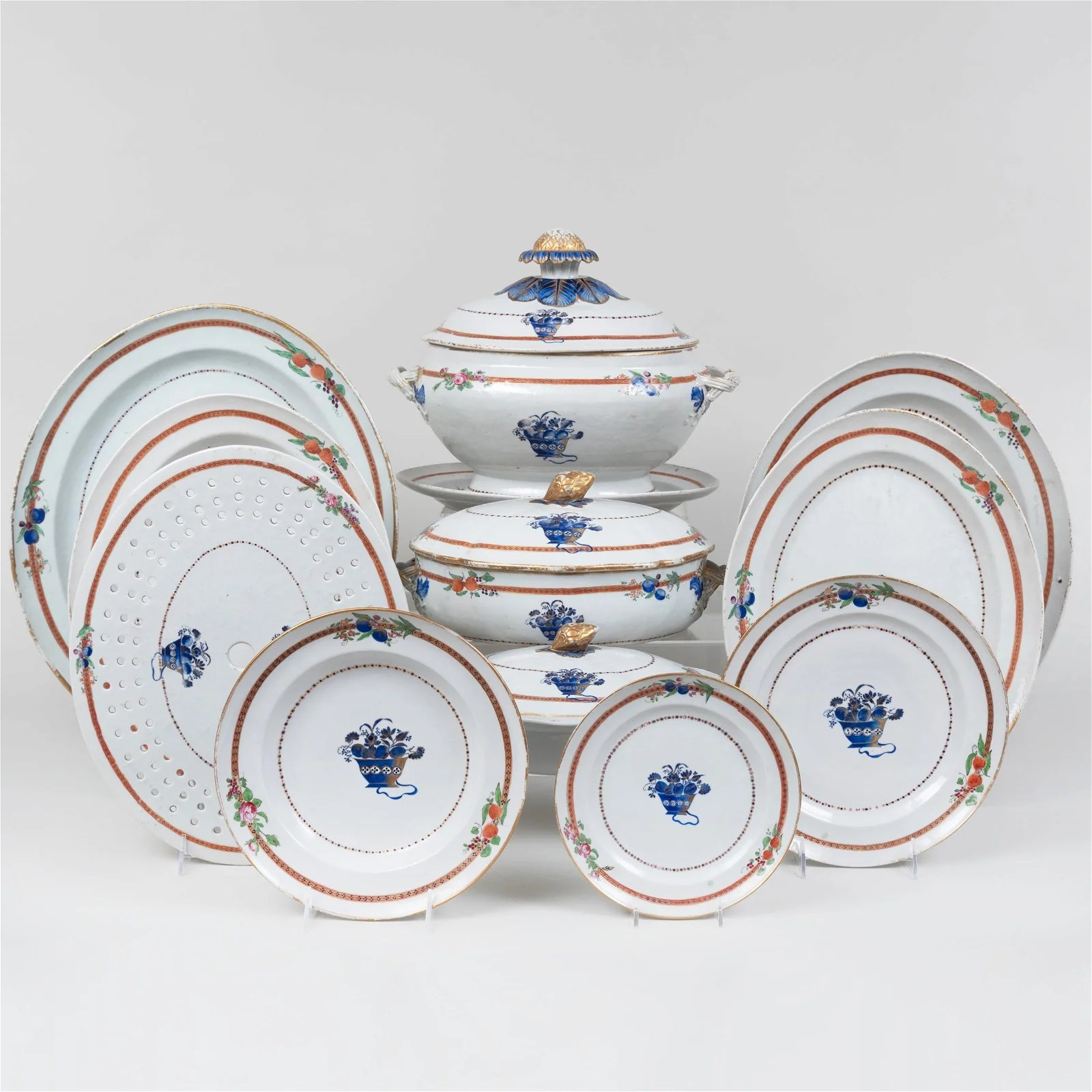 Chinese Export Famille Rose Porcelain Part Dinner