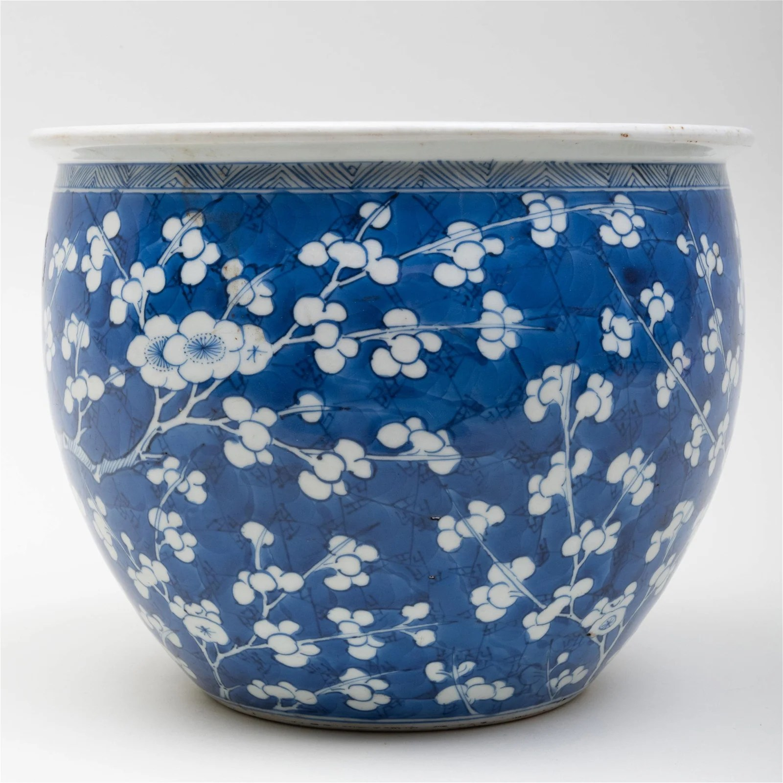Chinese Blue and White Porcelain Jardinière