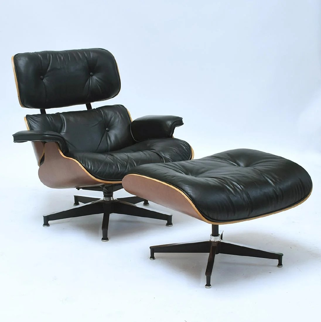 Eanes Chair Herman Miller Black Leather Eames Chair And Ottoman Mar 24 2019 Srq Auctions In Fl On Liveauctioneers