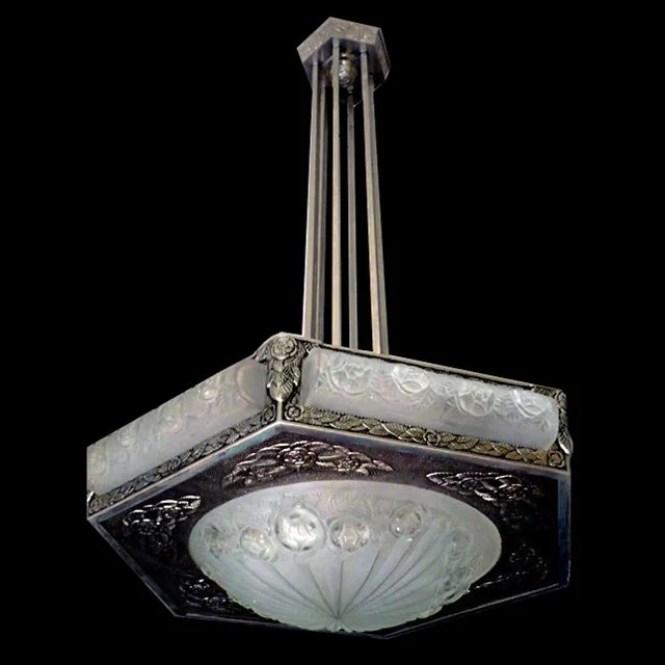 6828 Magnificent Art Deco Degue Chandelier