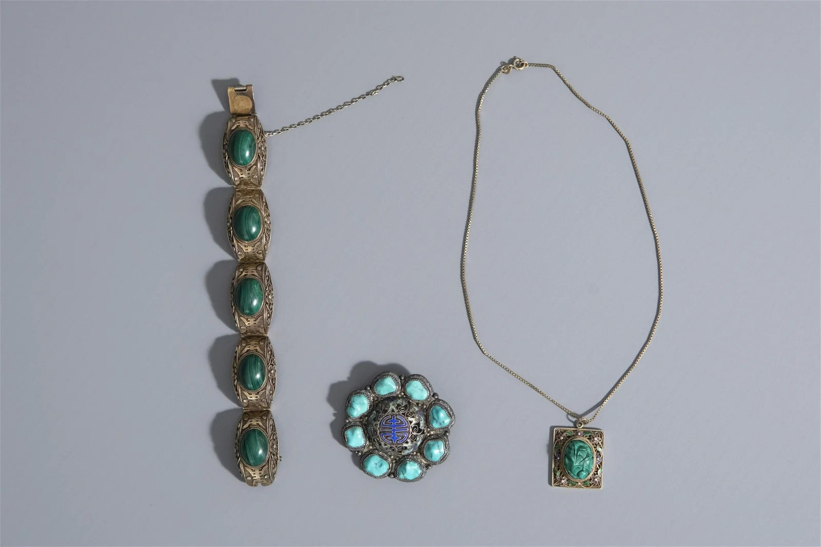 A Chinese turquoise- and malachite-inlaid enamelled