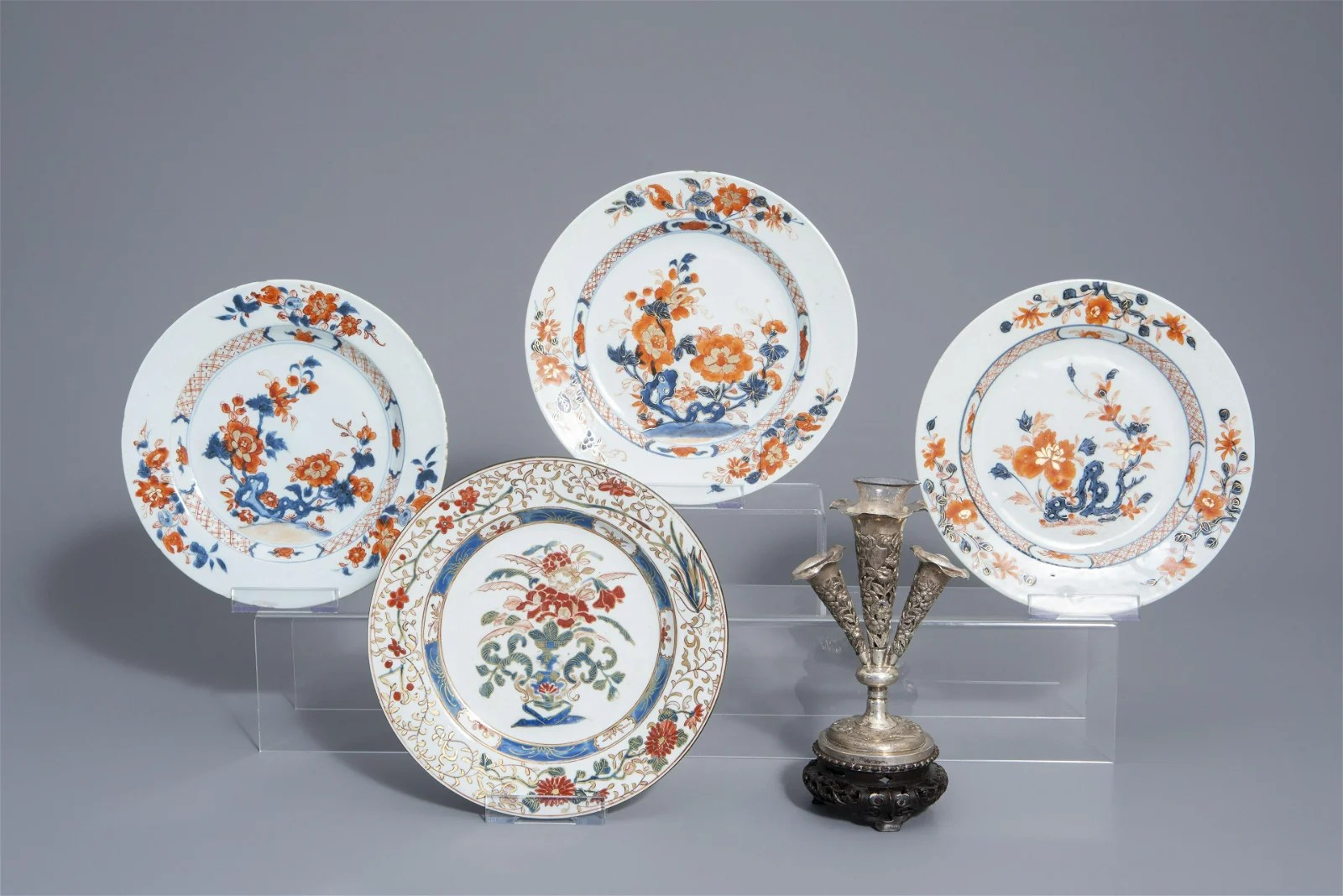 Four Chinese Imari style and famille rose plates and a