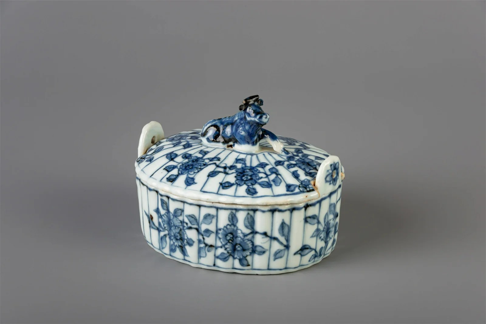 A Chinese blue and white butter tub after a Dutch Delft