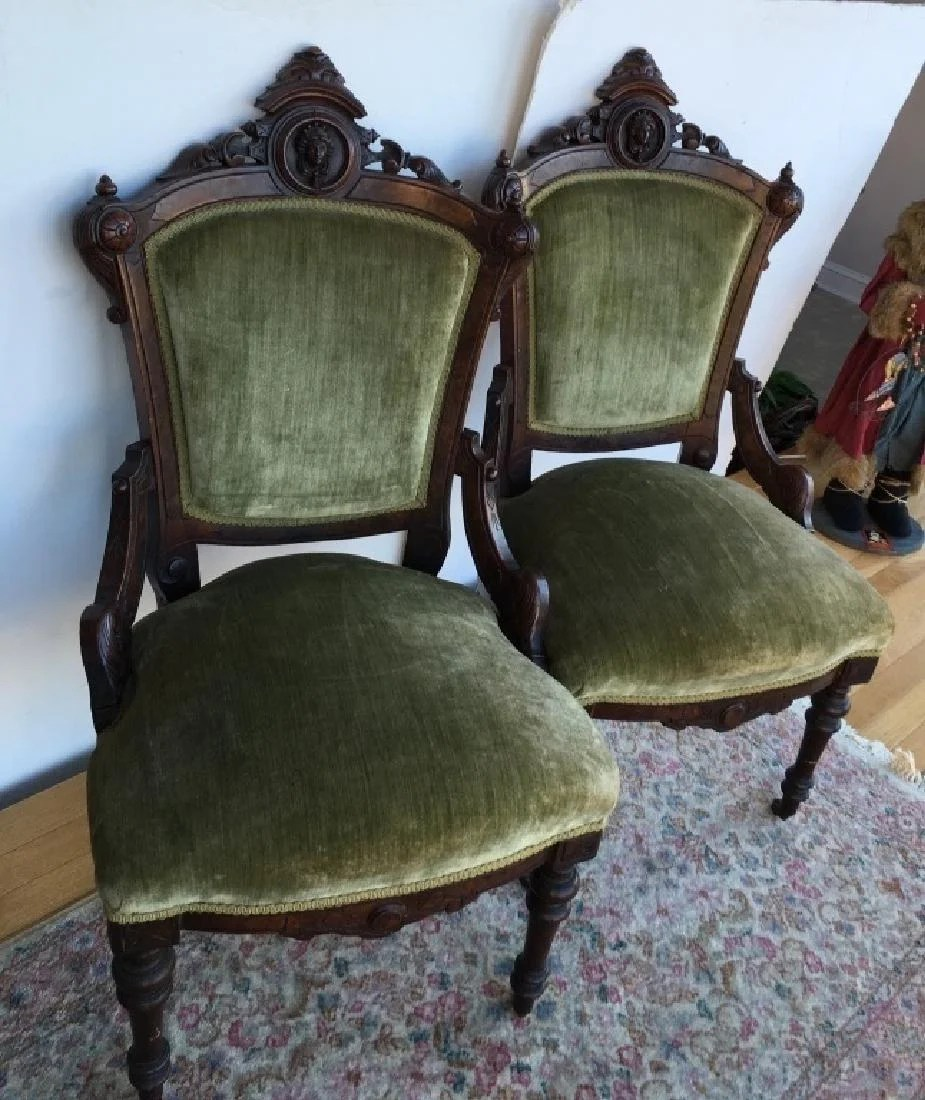 Antique Parlor Chairs Pr Of Victorian Era Parlor Chairs On Liveauctioneers