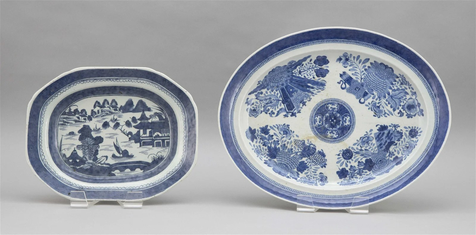 TWO BLUE AND WHITE CHINESE EXPORT PORCELAIN PLATTERS