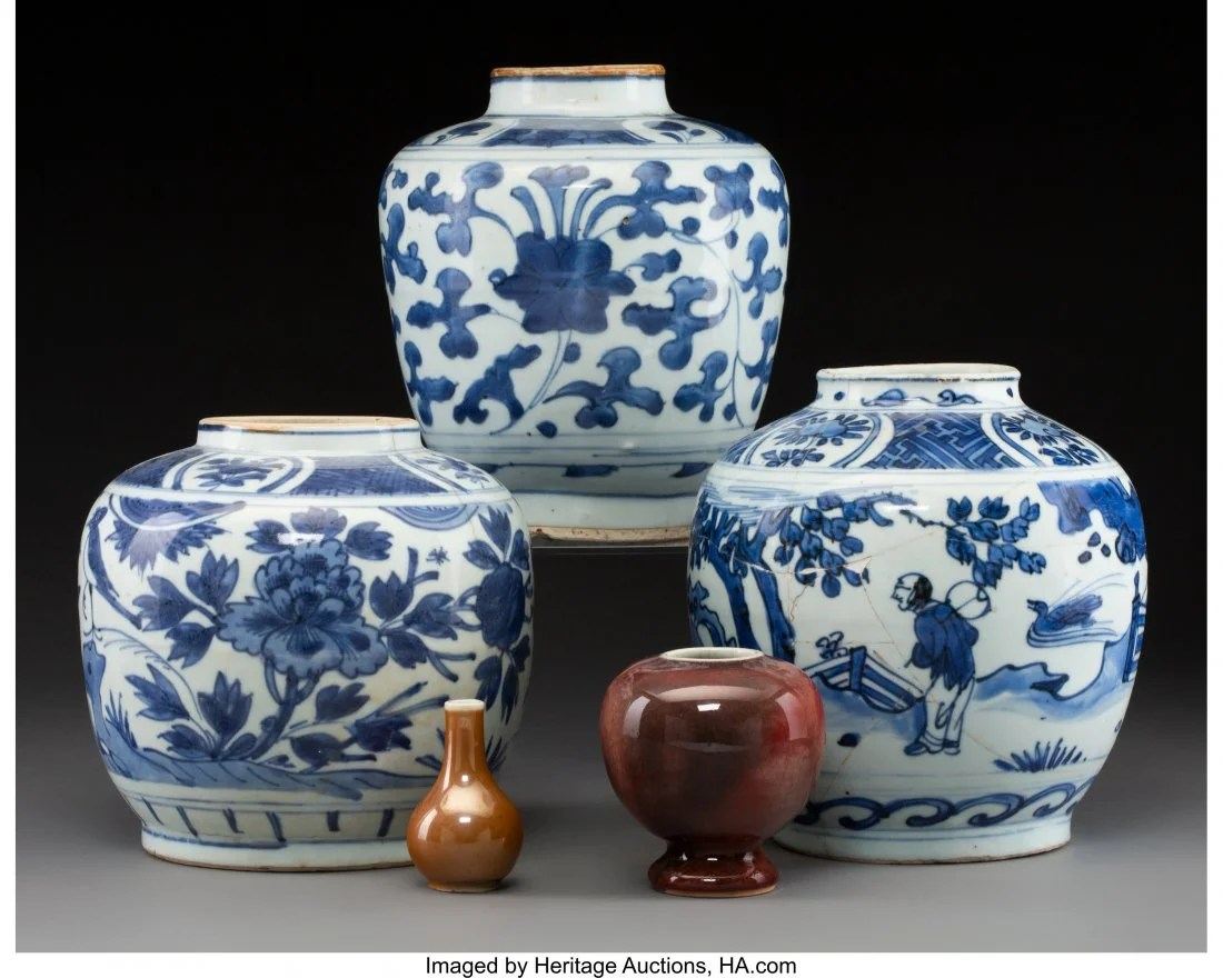 78101: A Group of Three Chinese Blue and White Porcelai