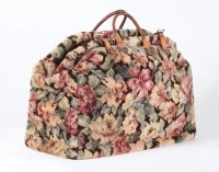 Julie Andrews Mary Poppins signature carpet bag : Lot 864