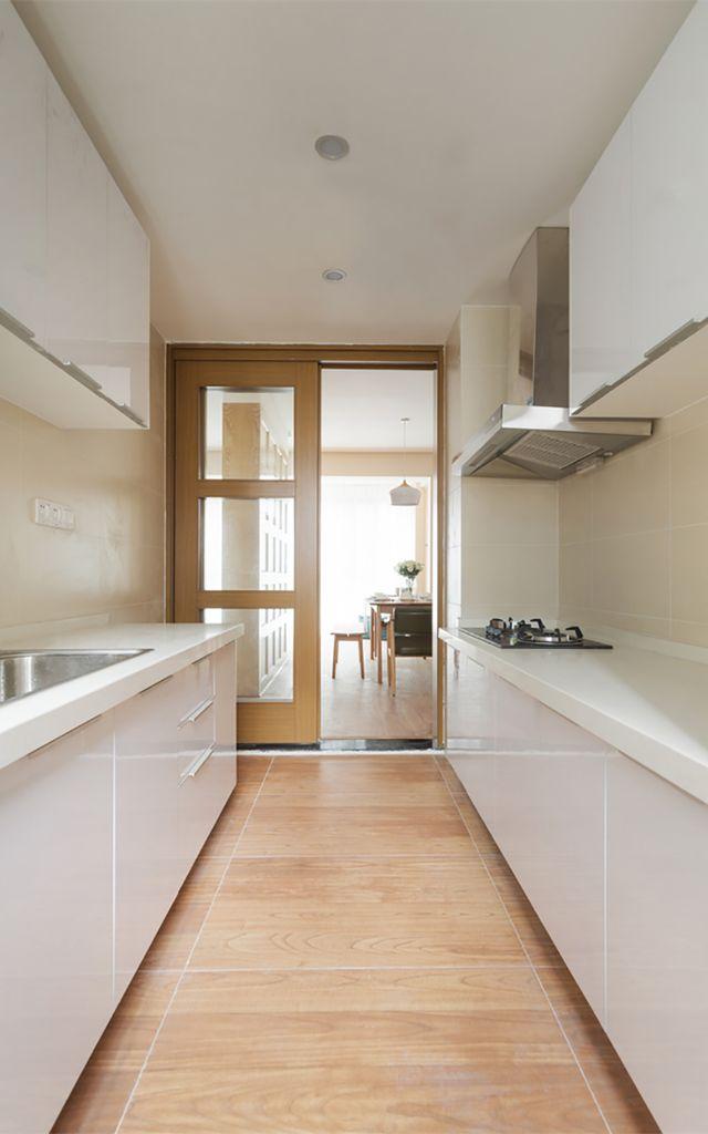 kitchen entry doors european cabinets 厨房门有哪些款式厨房门如何协调色彩 大众点评网 我们可以看到 厨房玻璃门是采用的开关式 它主要是根据房间的整个格局 和厨房门边的大小 从上图我们很显然的了解到 厨房门是不可能做成滑动式的 门太小也滑动不