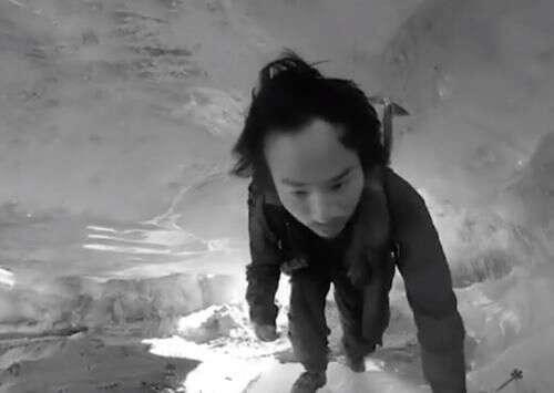 冒險王戶外探險遇難,掉入零下20度冰河中,同伴:我沒法拉他上來
