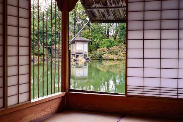 Find your best accommodation in Japan! Source: Pxfuel