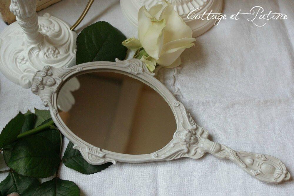 cottage et patine miroir a main patine