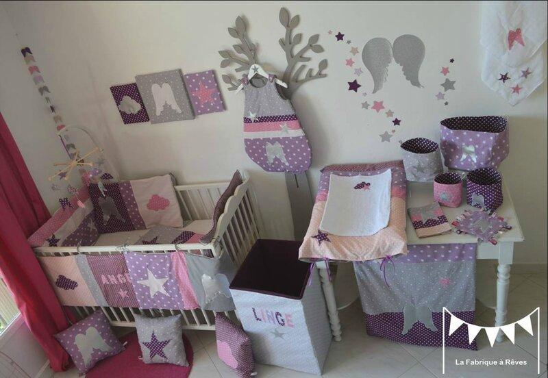 Dcoration chambre bb et linge de lit parme violet rose vif et argent toiles ailes anges