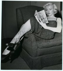 06 1953 Beverly Hills Hotel Party - Divine Marilyn Monroe