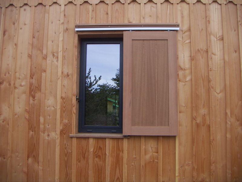 Volets et abri de jardin  Une maison en bois  Taussat 33138