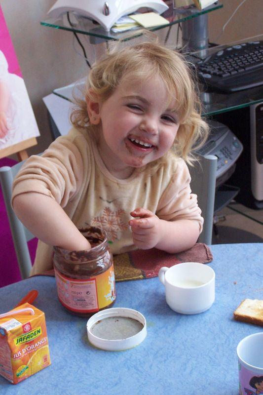 J'ai Tout Manger Le Chocolat : manger, chocolat, Mangé, Nutella!