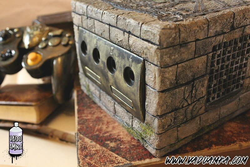 Custom Nintendo GameCube inspired by The Legend of Zelda : The Wind Waker