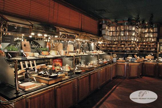 le plus grand buffet de fromages du