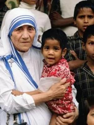 La Madre Teresa de Calcuta fue una constante buscadora de oportunidades para la gente más pobre. Foto: AFP