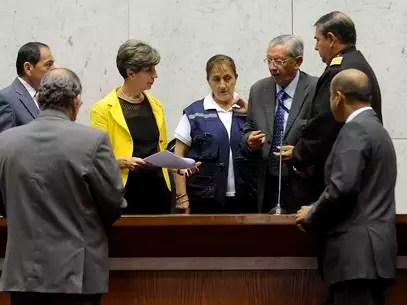La presidenta del senado, Isabel Allende, ensayandpara la ceremonia de cambio de mando de este martes. Foto: Agencia UNO
