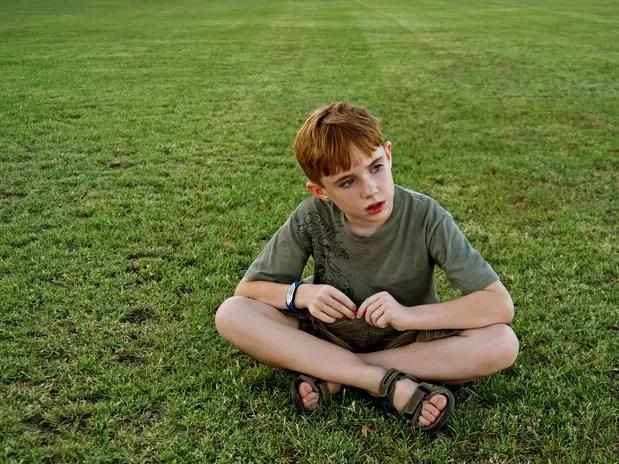 Es aceptado que se requieren intervenciones especiales con niños que presentan los síntomas del TDAH. Se discute el tratamiento con estimulantes. Con técnicas simples como mirar el reloj, los niños pueden mejorar sin pastillas. Foto: Getty Images