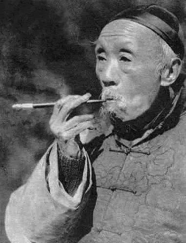 """陳寅恪沒文憑,卻被譽為""""三百年一遇的奇才""""_清華大學"""