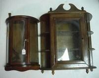 699: 2 Mini Curio Cabinet Showcases: : Lot 699