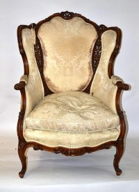 619: Victorian Carved Walnut Wing Chair : Lot 619