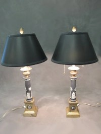 Antique pair of Wedgwood lamps : Lot 95