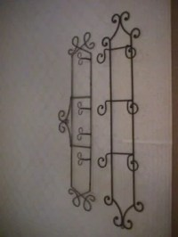 386: 2 WROUGHT IRON WALL HANGING PLATE RACKS : Lot 386